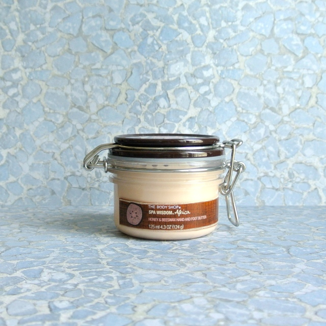 the_body_shop_creme_honey_beeswax_1