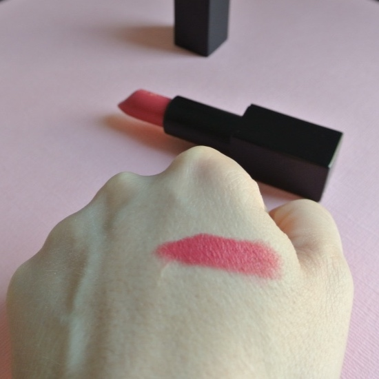nars_audacious_lipstick_nathalie_9